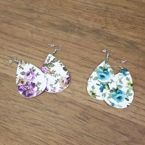 Set of two floral leather earrings.